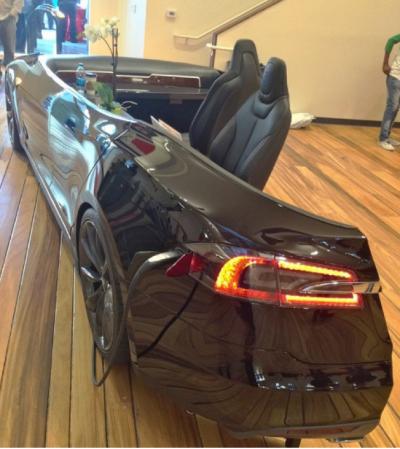 car-dealership-reception